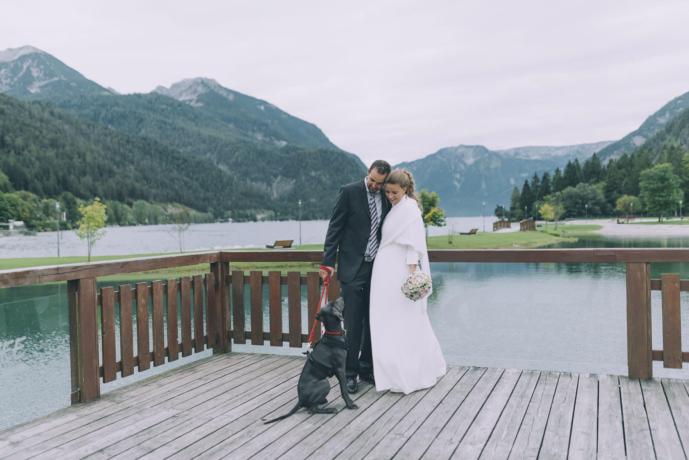 Elopement mit Hund am Achensee in Tirol